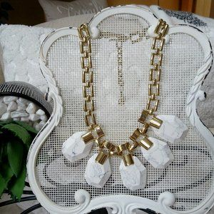 NWOT! GORGEOUS Statement NECKLACE By Ann TAYLOR